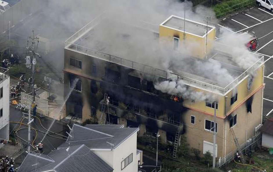 Japonski požigalec izjavil, da se je počutil prevaranega (foto: Xinhua/STA)