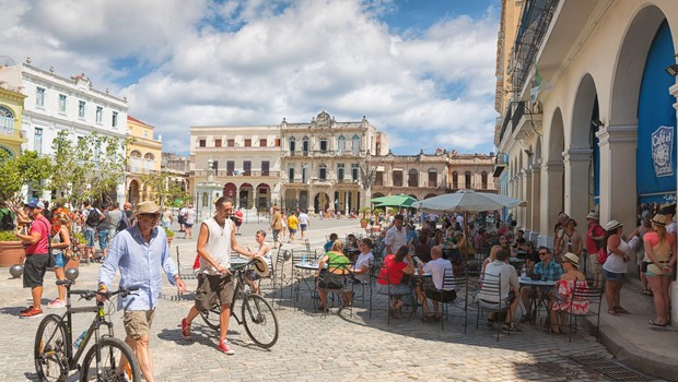 Poroka prvega transspolnega para na Kubi! (foto: profimedia)