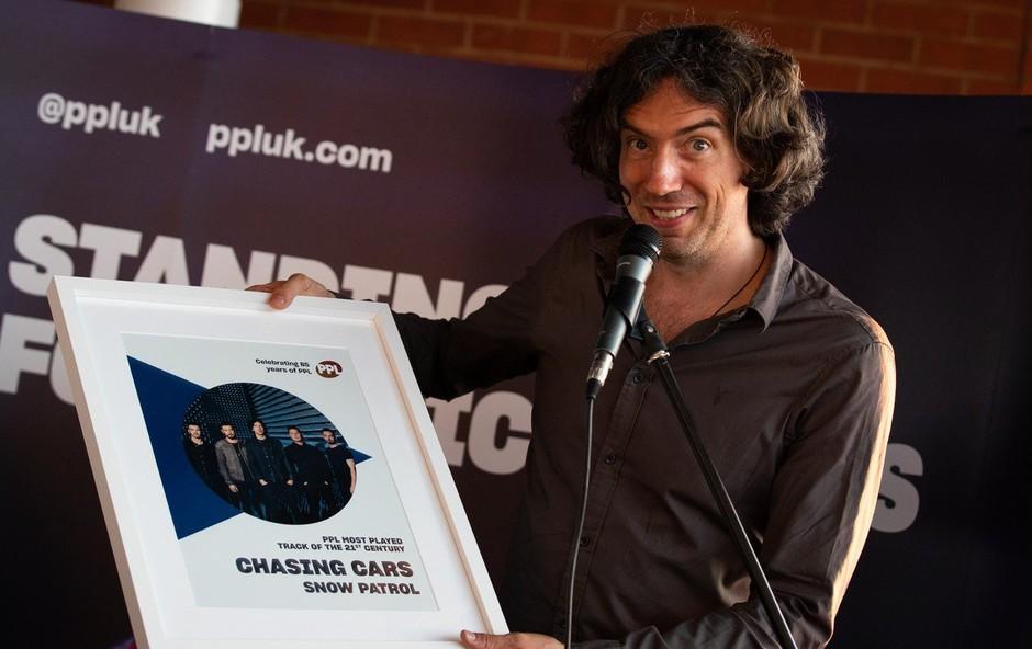 Balada Chasing Cars skupine Snow Patrol najbolj predvajana pesem tega stoletja (foto: profimedia)