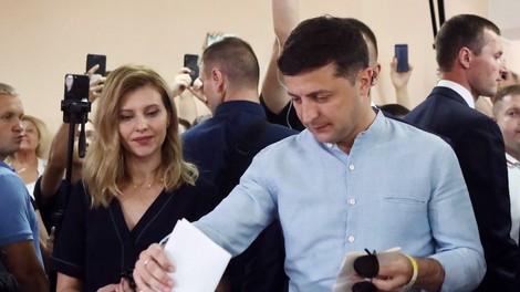 V Ukrajini po pričakovanju največ glasov predsednikovi stranki
