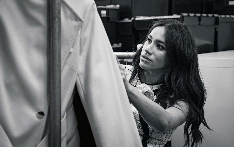 Meghan v imenu dobrodelnosti z novo kolekcijo oblačil (foto: Profimedia)