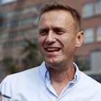 """Aleksej Navalni: """"Obrvi sem imel kot žogice za namizni tenis!"""""""