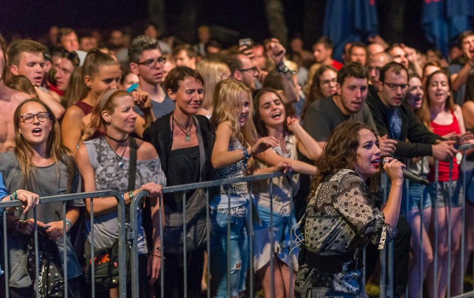 2. Castle Kolpa Music festival se kopa v soncu, obiskovalci pa v Kolpi! (foto: Castle Kolpa Music Festival Press)
