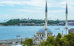 Iz Istanbula izgnali 15.000 neregistriranih migrantov