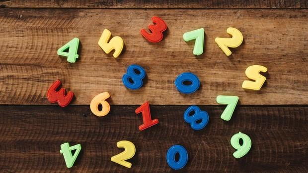 Pogosto vidite niz istih ali morda zaporednih številk? To ni naključje! (foto: profimedia)