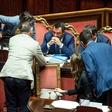 Italija znova na robu vladne krize