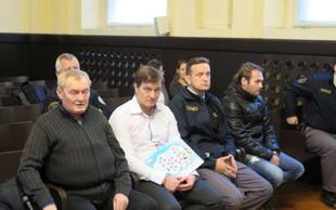 V Mariboru so na sojenju o nezakonitih centrih zavrteli telefonske prisluhe