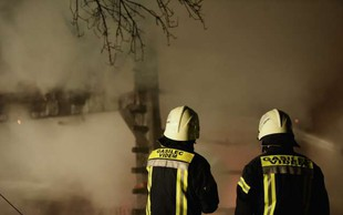 Zaradi požara v Celju ima 15 ljudi težave zaradi vdihavanja ogljikovega monoksida