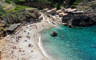 Na Balearih se širijo plaže za nekadilce
