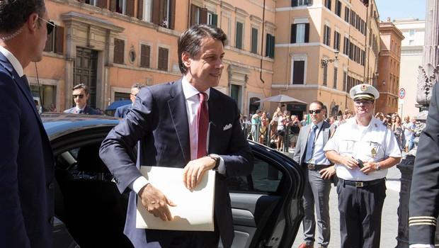 Italijanski premier Conte je odstopil, o nadaljnjih korakih bo odločal Mattarella (foto: Profimedia)