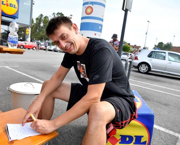 Trkaj pripravlja himno športnikov invalidov. Na dogodku je tako dobil nov navdih. (foto: Pigac.si)