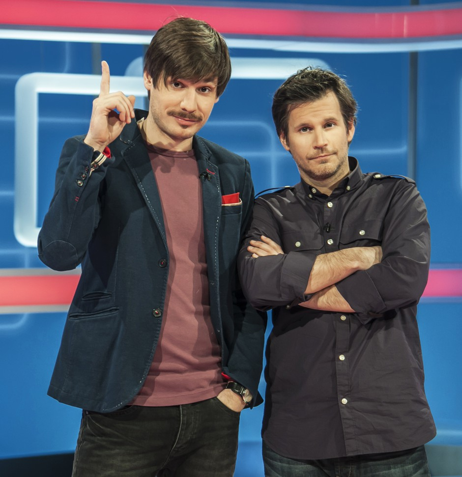 Kaj vesta zgovorna voditelja Anže Zevnik in Aljoša Ternovšek? (foto: Žiga Culiberg)