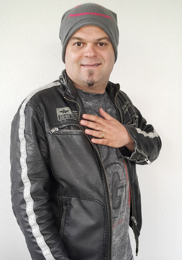 Glasbenika Dadija Daza v šoli zamenjali za punčko (foto: Osebni album)