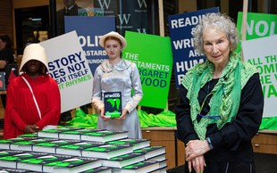 Nadaljevanje Dekline zgodbe pisateljice Margaret Atwood že v prodaji