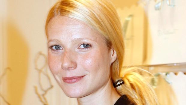 Vse za jogo: Gwyneth je odvrgla krpice! (foto: Profimedia)