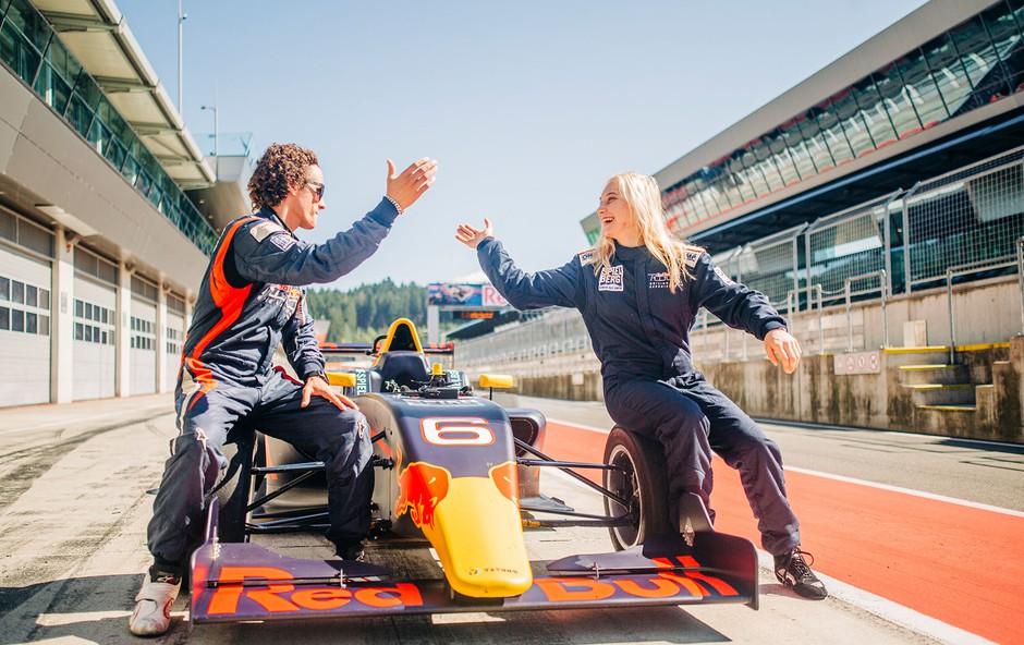 """Janja Garnbret: """"Če ne bi plezala, bi bila dirkačica!"""" (foto: Red Bull Press)"""