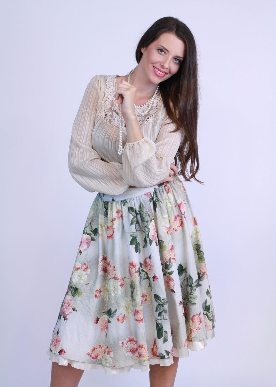 Jasmina Kandorfer z oddajo Klepet ob kavi prestopila s TV3 na Planet TV (foto: Planet TV)