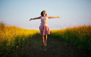 Vam telo nagaja? Odkrili smo pripomoček, ki resnično dela čudeže!