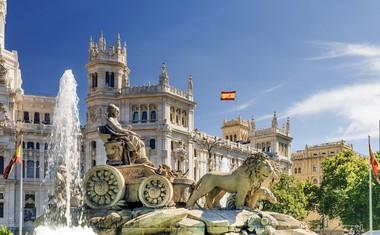 Madrid slovi po nešteto trgih, fontanah in parkih. Prav vsako zase si velja ogledati.