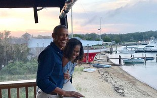 Michelle in Barack Obama z ganljivima fotografijama ob obletnici poroke