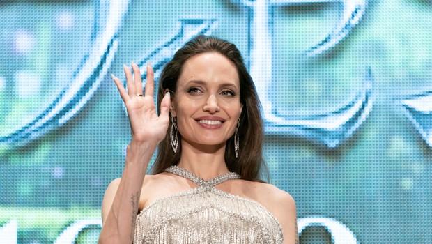 """Angelina Jolie spregovorila o boleči ločitvi od Brada Pitta: """"Izgubila sem del sebe."""" (foto: Profimedia)"""