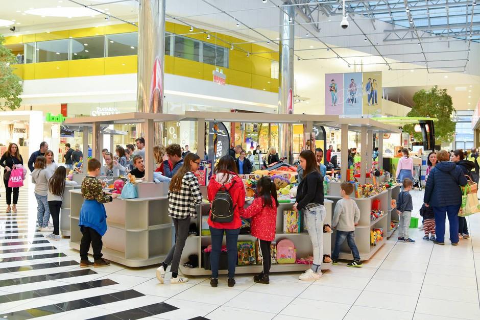 V Cityparku si lahko najmlajši na zabaven način pridobijo nove igrače (foto: FOTO: promocijski material)
