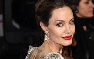 """Angelina Jolie osamljena? Med moškimi naj bi veljala za pravi """"strup"""""""