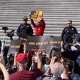81-letna Jane Fonda aretirana zaradi udeležbe na protestu