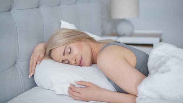222 znanstveno podprtih zvijač, kako zaspati in nemoteno spati (foto: profimedia)