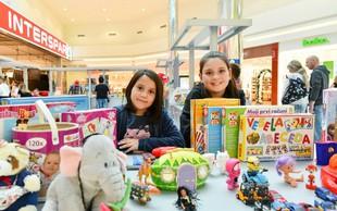 Otroci v Cityparku prodajali, menjali in podarjali igrače
