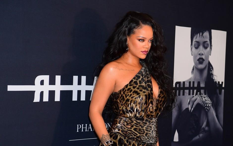 Rihanna na naslovnici revije Vouge: Spet se je zapisala v zgodovino mode! (foto: Profimedia)