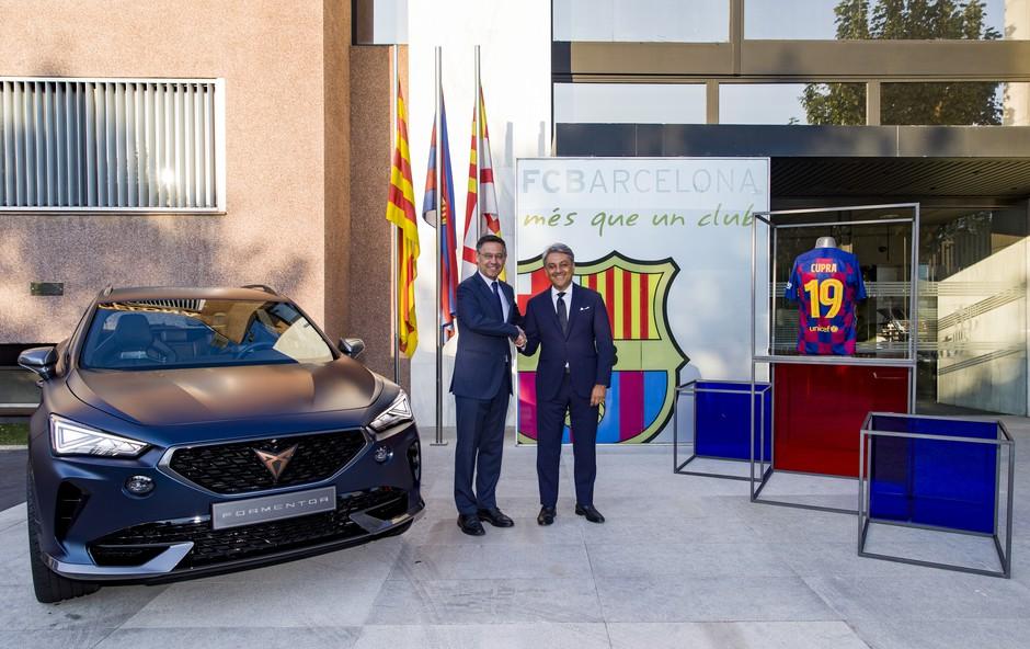 Lionel Messi in avtomobilska znamka Cupra z roko v roki (foto: Cupra)