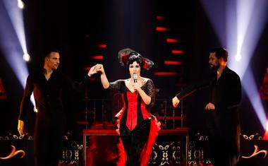 Ana Dežman se je preobrazila v Cher.
