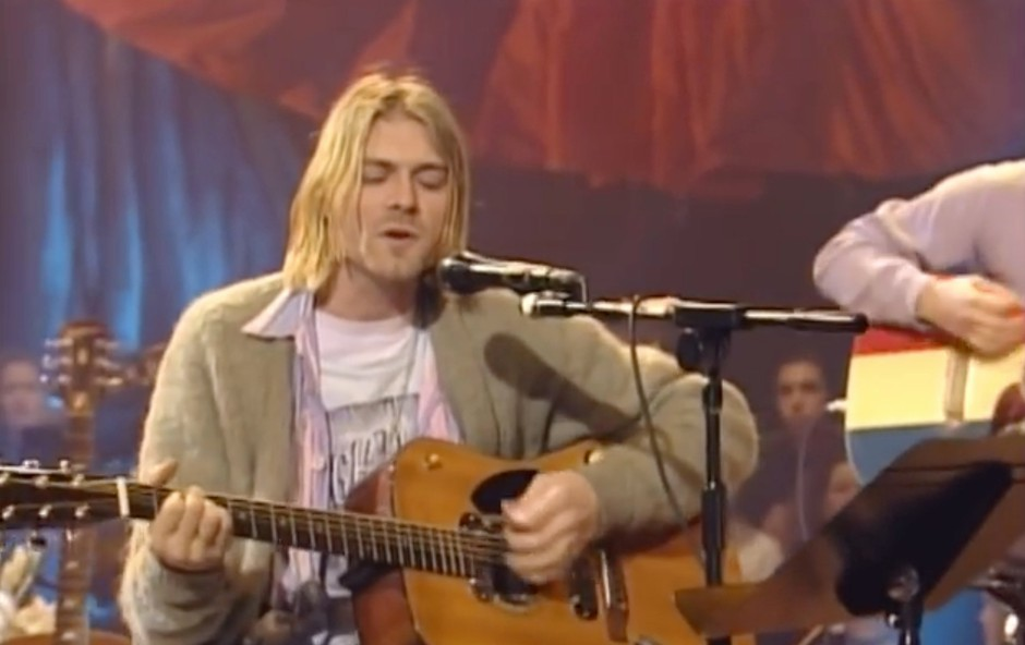 Cobainova kitara iz oddaje MTV Unplugged na prodaj za več kot milijon dolarjev (foto: Profimedia)