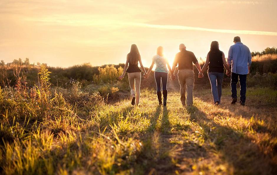Raz(gibajte) se: Vsi dobri razlogi, zakaj hoditi navkreber! (foto: Profimedia)