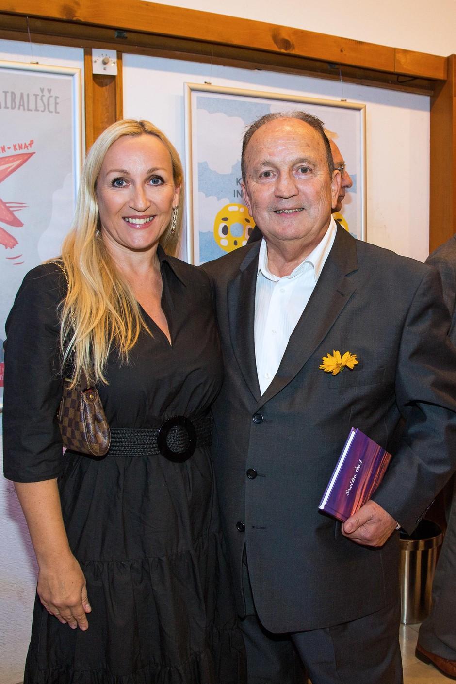 Avtor s hčerko Heleno Čož, ki je zelo ponosna nanj. (foto: Foto: Coz)