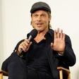 Brad Pitt na podelitev nagrad ni prišel, ker se trudi izboljšati odnost z Maddoxom!