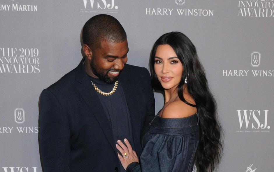 """Koliko v dolarjih """"tehtata"""" Kim in Khloe Kardashian? Cifre so vrtoglave! (foto: Profimedia)"""