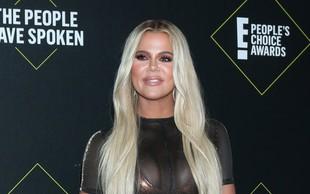 Oboževalci se sprašujejo, kaj se dogaja z obrazom Khloe Kardashian, ki je vsak dan bolj umeten