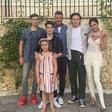 V družini Davida in Victorie Beckham bo božič zelo slovesen: Krstili bodo hčerko in sina