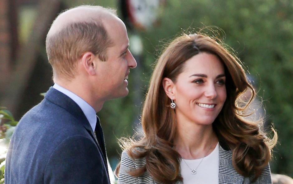 V slogu vojvodinje Kate: Uhani, ki so zlahka dostopni! (foto: Profimedia)