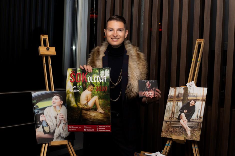 Eden in edni Damjan Murko je tokrat predstavil svoj koledar in še novi album. (foto: Klavdija Vnuk)