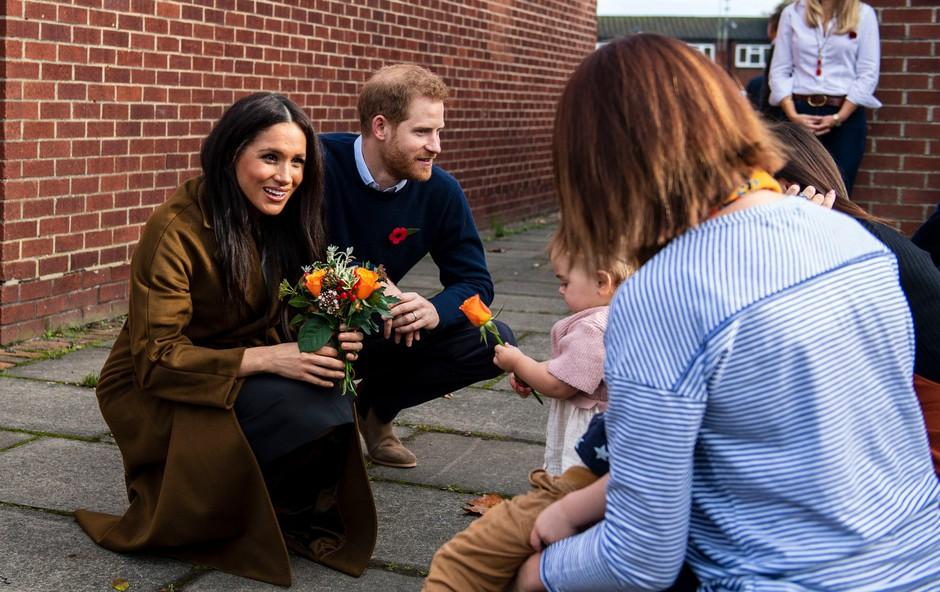 Princ Harry in Meghan pripravila presenečenje v Windsorju (foto: Profimedia)