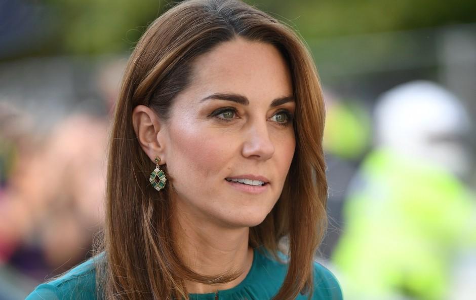 Britanci zaskrbljeni, Kate Middleton še nikoli tako zelo koščena (foto: Profimedia)