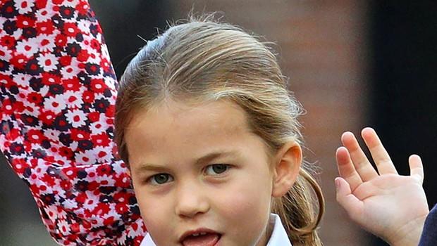 Princ George in princesa Charlotte se še nekaj časa ne bosta vrnila v šolo (foto: Profimedia)
