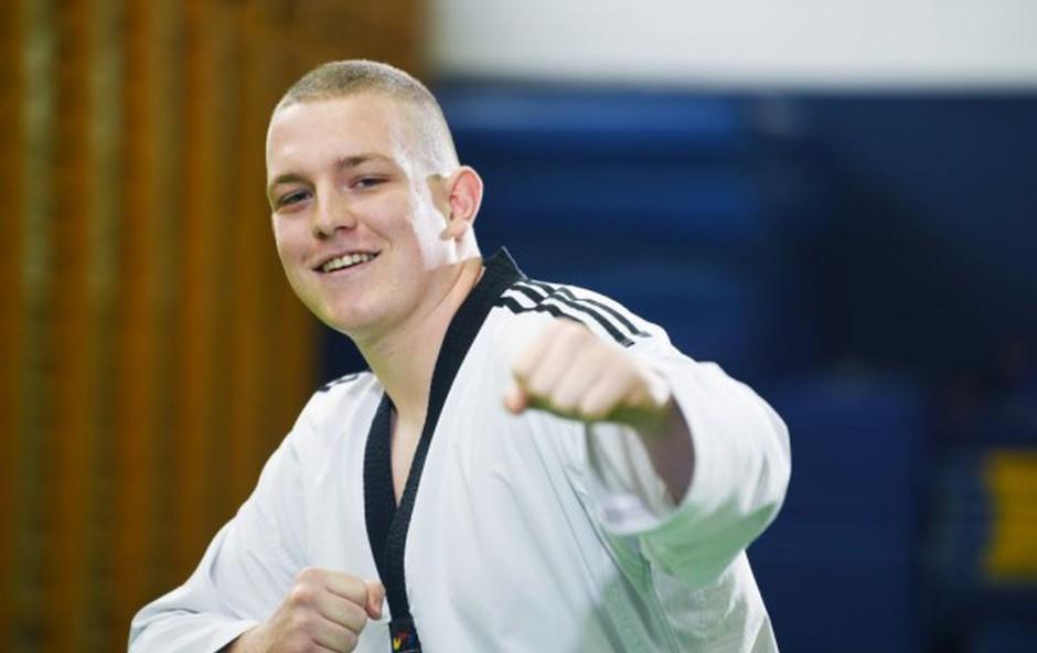 Državni prvak v taekwondoju z izrednim občutkom za soljudi želi postati fizioterapevt (foto: Mateja Jordovič Potočnik)