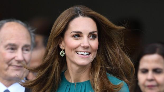 Zelena obleka Kate Middleton, ki je odlična izbira za praznični december (foto: Profimedia)