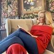 Ana Tavčar Pirkovič čisto očarala s prosojno srajčko in hlačami, ki so poudarile njen ozek pas