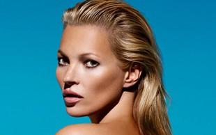 Kate Moss med snemanjem oglasa pokazala golo oprsje