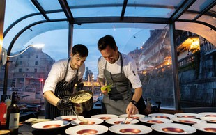 Edinstveno praznično doživetje v Ljubljani - vrhunska večerja na ladjici